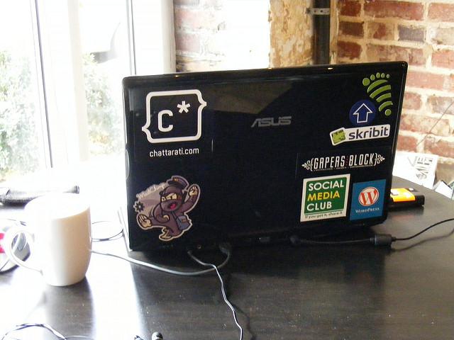 Lavorare da casa vs lavoro in ufficio qual'è il trend dei lavoratori digitali in Italia