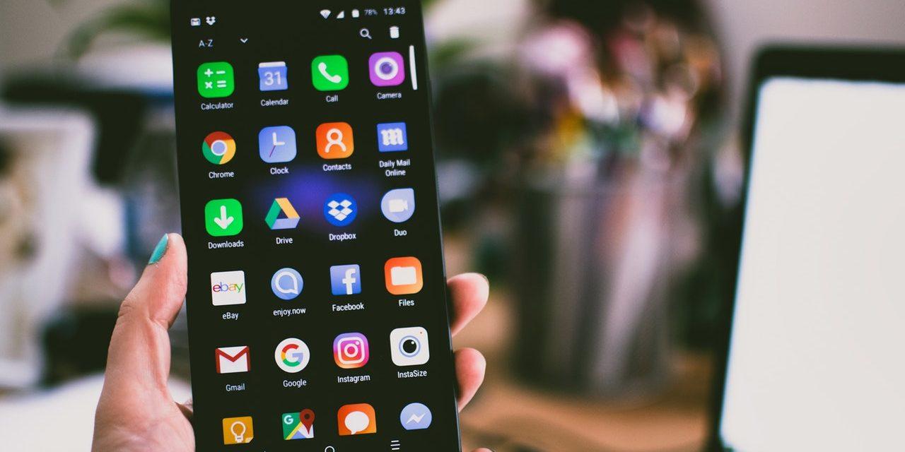 Quante ore passiamo davanti allo smartphone?